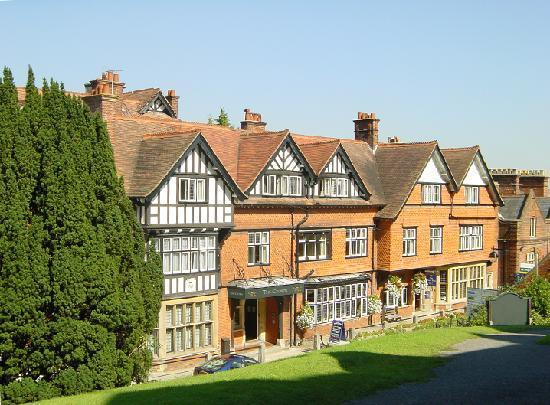 Crown Manor House Hotel Parking