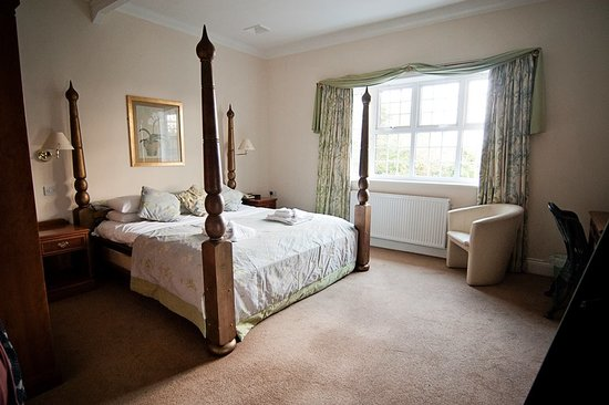 Fritton, UK: large en-suite room