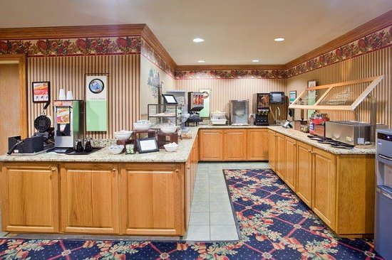 CountryInn&Suites Lawrenceville BreakfastRoom