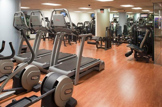 Ramada Inn & Suites Gaslamp/Convention Center: Pure Fitness Cardio Room