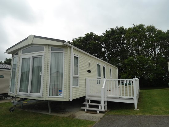 Cowes, UK: Platinum caravan