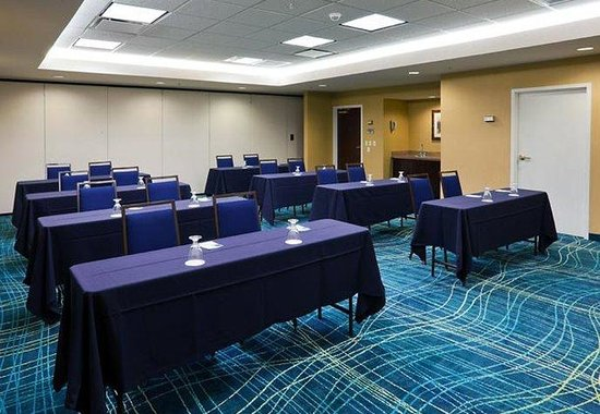 Westminster, CO: Meeting Room