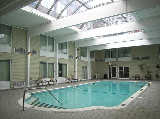 BEST WESTERN Sovereign Hotel - Albany: Swimming Pool
