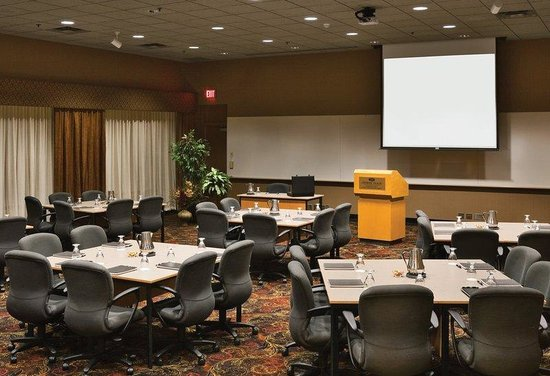 Plymouth, MN: Conference Rooms