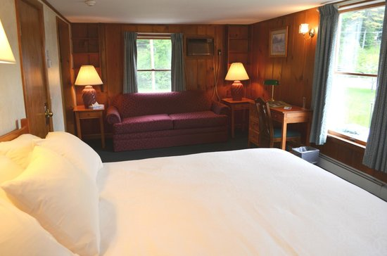 Madison, Нью-Гэмпшир: Millbrook Suite room 1