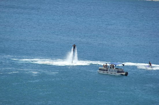Marriott's Frenchman's Cove: Waterjet pack activity in our cove. View from balconey