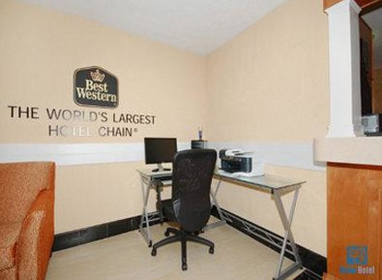 Best Western Braselton Inn: Business Center