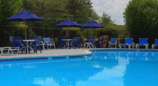 Concord, MA: Outdoor Pool