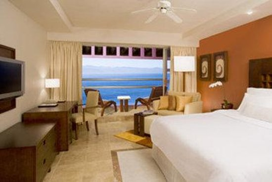 Westin Resort & Spa Puerto Vallarta: Deluxe Oceanview King