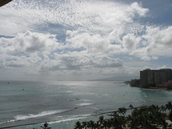 Aston Waikiki Beach Hotel: view from balcony