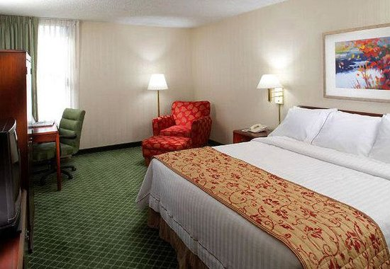 Fairfield Inn East Rutherford Meadowlands: King Guest Room