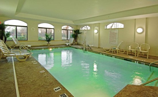 BEST WESTERN Monroe Inn & Suites: Indoor Pool