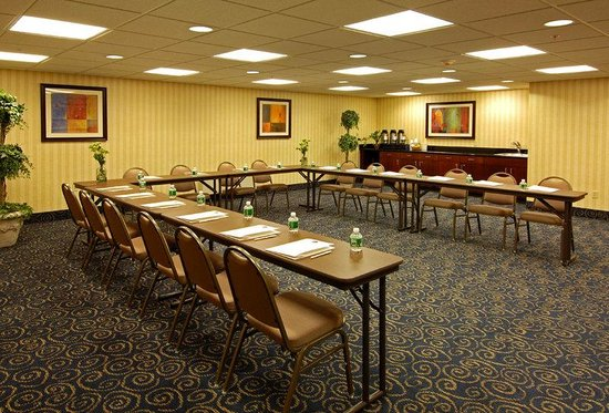 BEST WESTERN Monroe Inn & Suites: Meeting Room