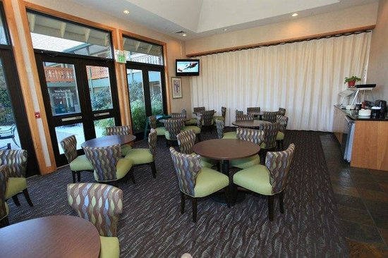 BEST WESTERN Windsor Inn : Breakfast Room