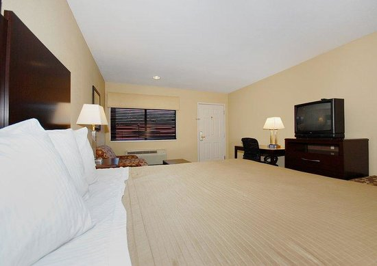 Cedar Park, TX: King Guest Room