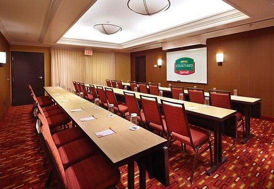Courtyard by Marriott Altoona: Nittany Meeting Room
