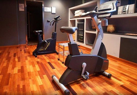 AC Hotel Cuenca by Marriott: Fitness Center Equipment