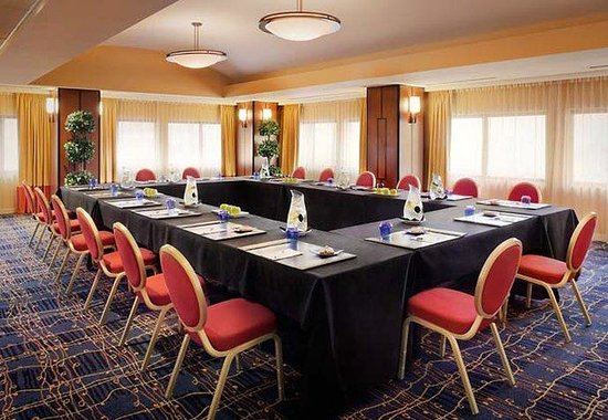 JW Marriott San Francisco Union Square: Skyline Meeting Room