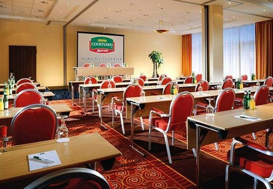 Courtyard by Marriott München City Center: Grand Ballroom Meeting