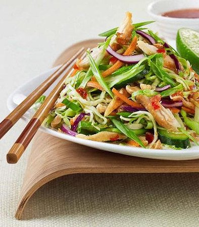 Courtyard by Marriott Pleasanton: The Bistro Asian Chicken Salad