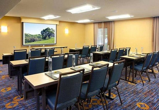 Courtyard by Marriott Pleasanton: Meeting Room