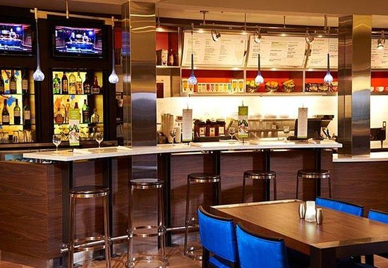 Courtyard by Marriott Indianapolis Carmel: The Bistro