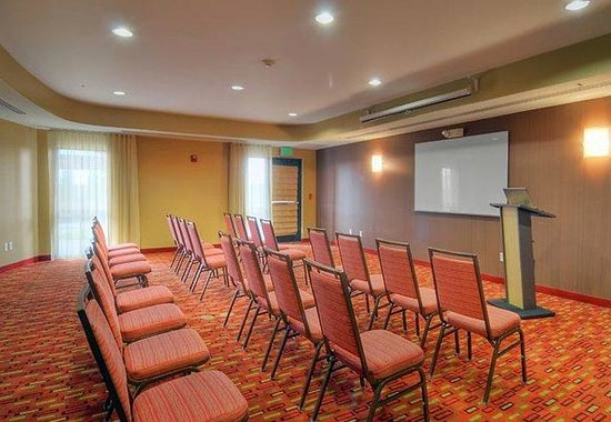 Medford, OR: Meeting Room – Theater Set-Up