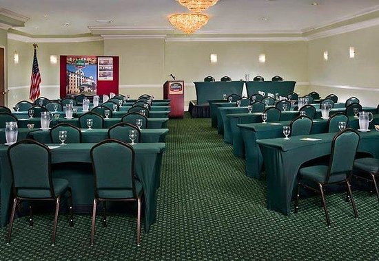 Ronkonkoma, NY: Great South Bay Meeting Room