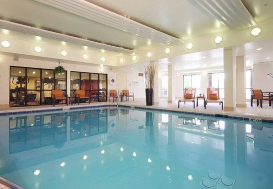 Bloomingdale, IL: Indoor Pool