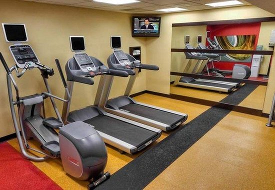 Courtyard by Marriott Bloomington Normal: Fitness Center