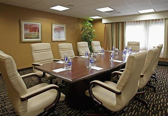 ‪‪Courtyard by Marriott, Montvale‬: Executive Boardroom‬
