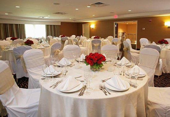 Courtyard by Marriott, Montvale: Social Event