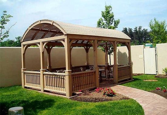 Courtyard by Marriott Potomac Mills: Gazebo