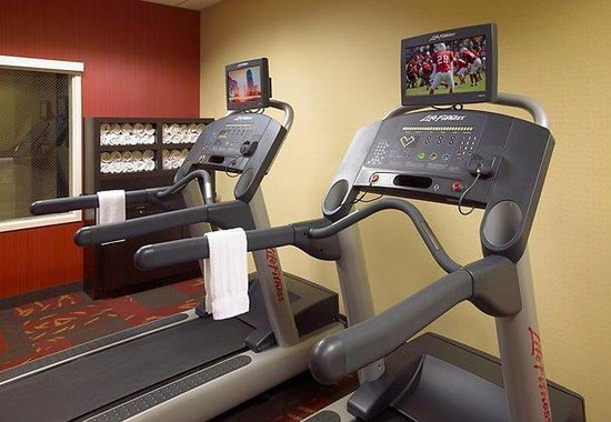 Courtyard by Marriott Anaheim at Disneyland Resort: Fitness Center