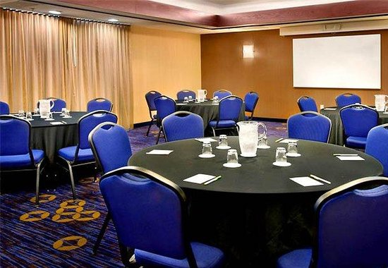 Plymouth Meeting, Пенсильвания: Meeting Room