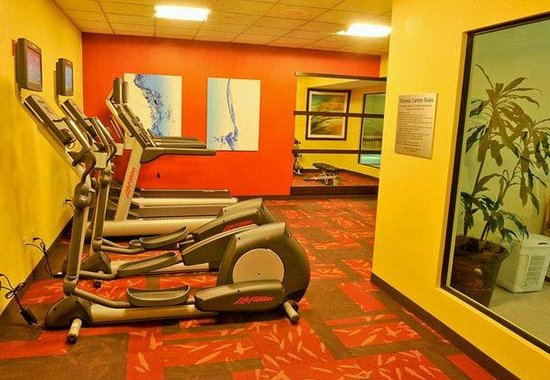Courtyard by Marriott Louisville Downtown: Fitness Center