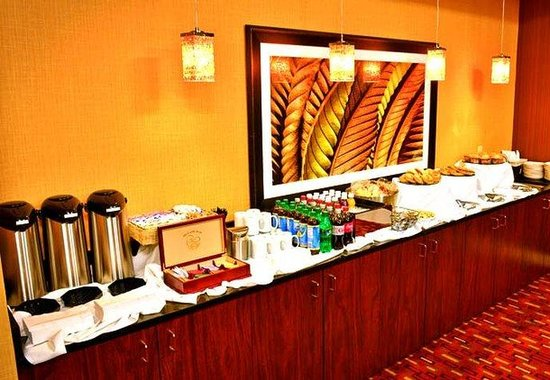 Courtyard by Marriott Louisville Downtown: Event Catering