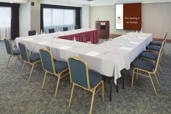 DoubleTree by Hilton Hotel & Suites Jersey City: Meeting Room
