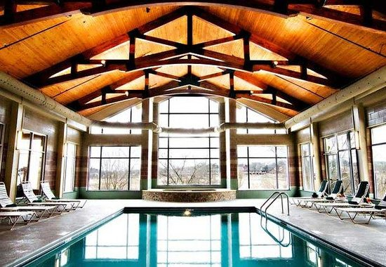 Marriott MeadowView Conference Resort & Convention Center: Indoor Pool