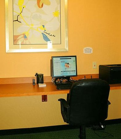 Fairfield Inn Spearfish: Business Center