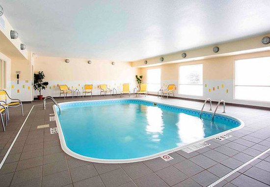 Bryan, TX: Indoor Pool