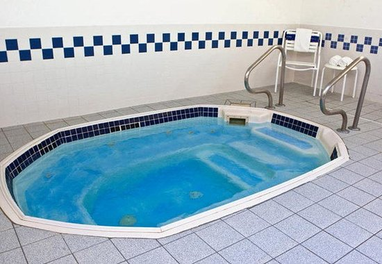 Ashland, KY: Indoor Whirlpool