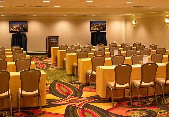 New Orleans Marriott: Balcony Meeting Rooms