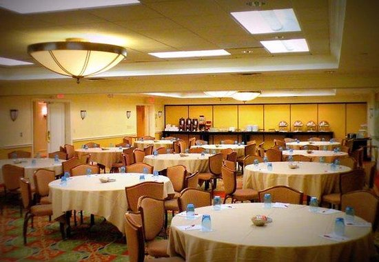 Stamford, CT: Junior Ballroom