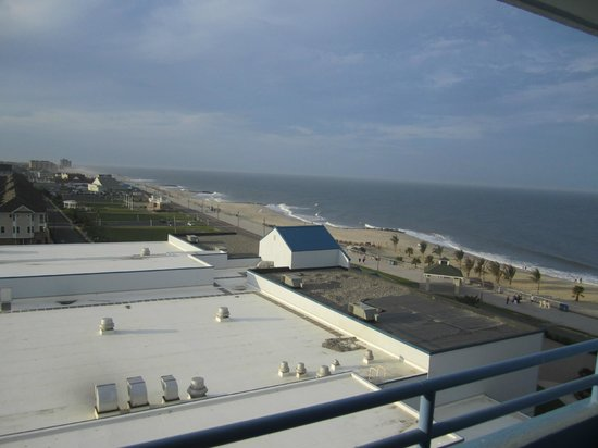 Ocean Place Resort & Spa: 'Coastal View' room/7th floor