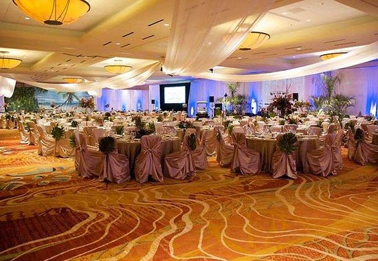 The Woodlands, TX: Grand Ballroom Social