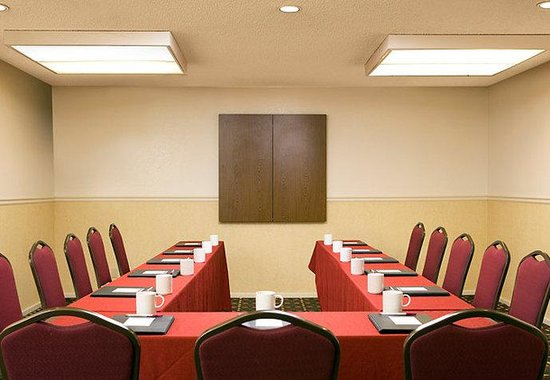 Arcadia, CA: Meeting Room