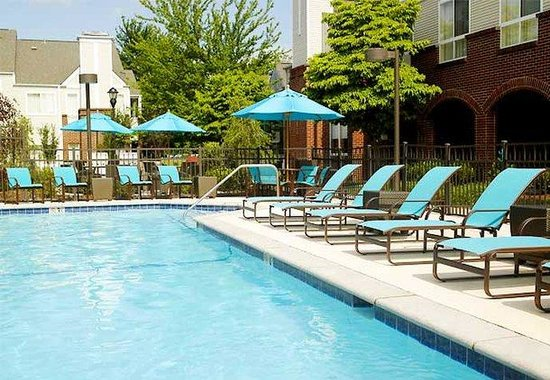 Brentwood, TN: Outdoor Pool