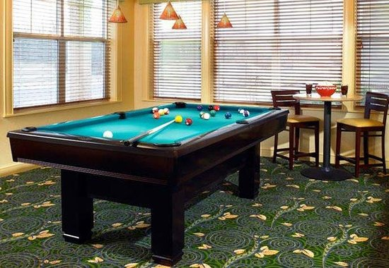 Residence Inn Philadelphia Langhorne: Billiard Room
