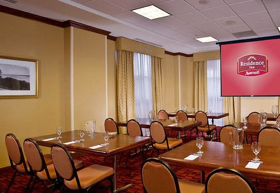 Residence Inn Alexandria Old Town/Duke Street: Meeting Space